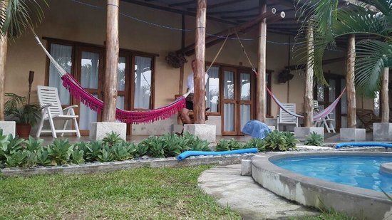 Casa Lajagua : view of the rooms from the pool area