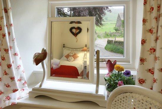 Ollerbrook Cottages: Plover single