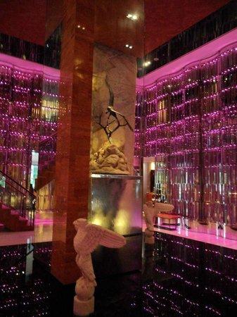 Chateau de Chine Hotel Kaohsiung : 大廳裝潢