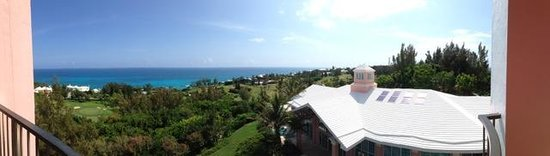 Fairmont Southampton: Panoramic from our room