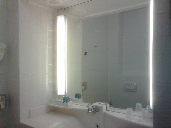 Novotel La Grande Motte Golf: Salle de bains