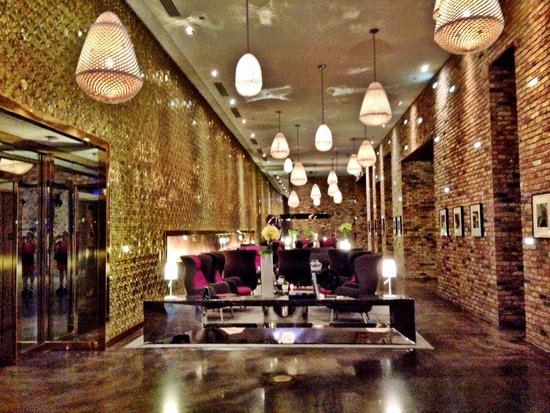 Radisson Blu Aqua Hotel: lobby