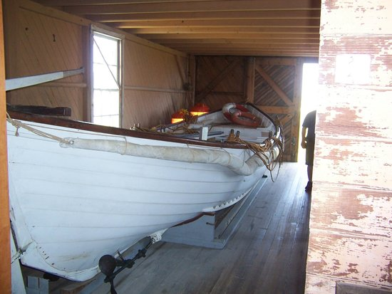 Chicamacomico Life-Saving Station Historic Site & Museum: The surfboat used in the Mirlo rescue