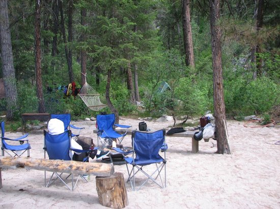 Payette River Company Day Trips: Camp