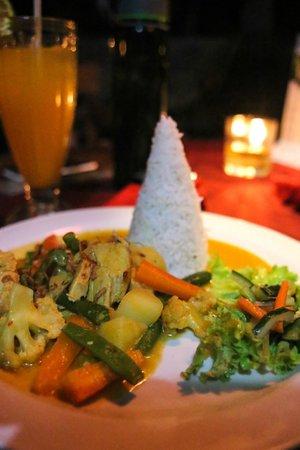 Gayatri Cafe: Opor Ayam