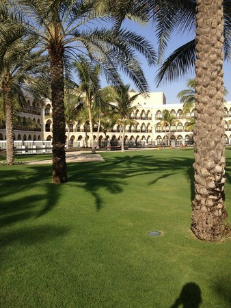 Al Bustan Palace, A Ritz-Carlton Hotel: The lagoon view section