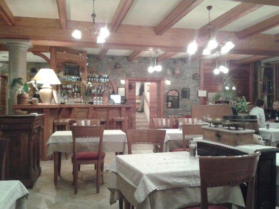 Les Peupliers Hotel Restaurant : ristorante