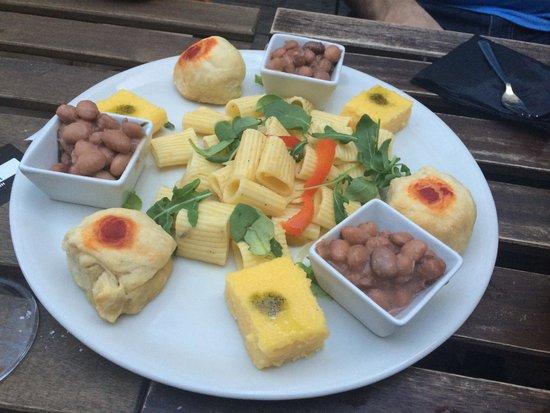 Santeria : Piatto da aperitivo per 3 persone.