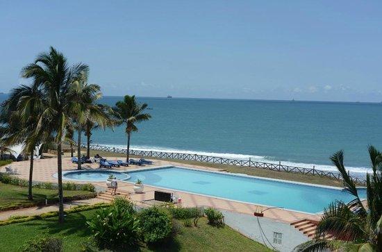 Golden Tulip Dar Es Salaam: room view