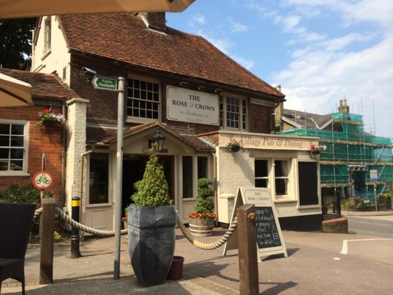 The Rose & Crown: Outside ... Best place to be, in car and driving past !