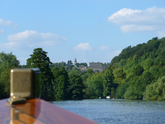 Cliveden House: Boat cruise on Thames
