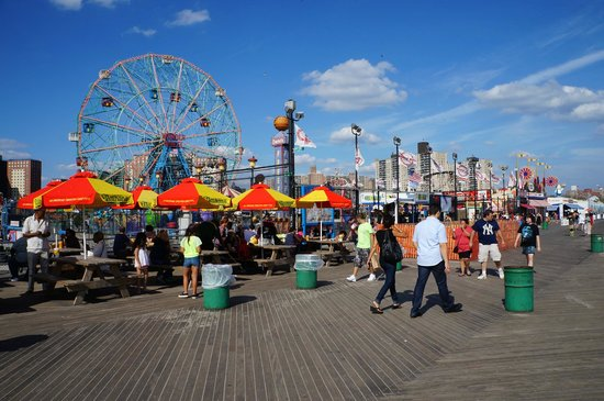 Holiday Inn Express Manhattan Midtown West: Coney Island