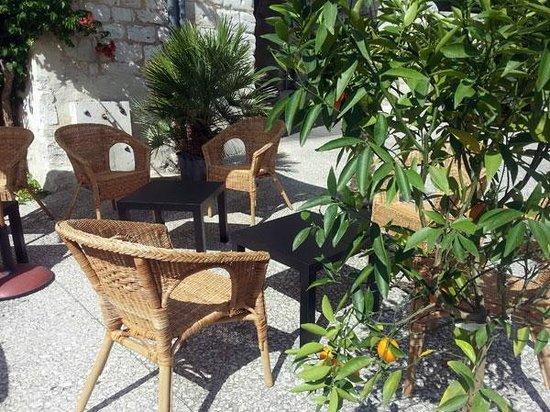 Alsafar bar à jus : Alsafar - Terrasse 6