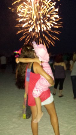 Bilmar Beach Resort: Memorial Day Weekend fireworks were awesome!