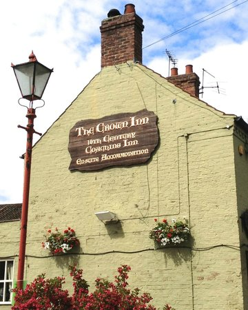 The Crown Inn at Roecliffe: A Lovely Old Inn.