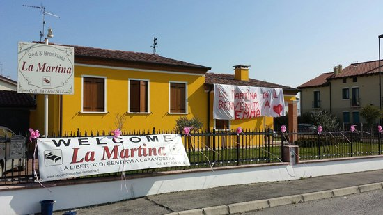 B&B La Martina -アグリアーロ-...