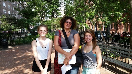 Real New York Tours: Our amazing tour guide Heidi!!!