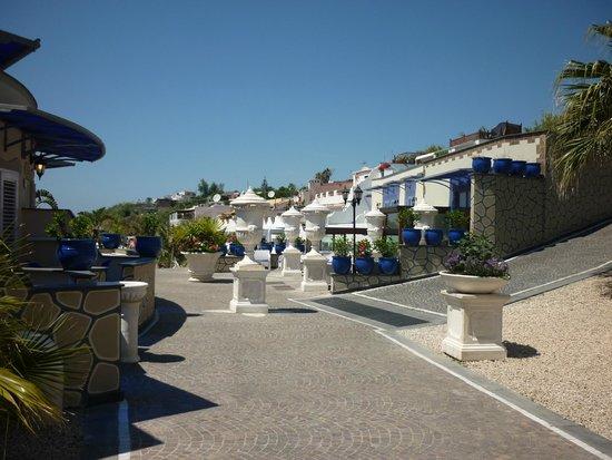 Baia delle Sirene Park Hotel: esterno