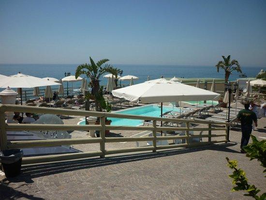 Baia delle Sirene Park Hotel: piscina