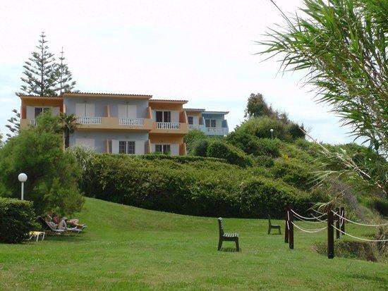 Mirabell Hotel: Blick zu den Neben-Häusern