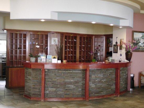 Mirabell Hotel: Rewzeption