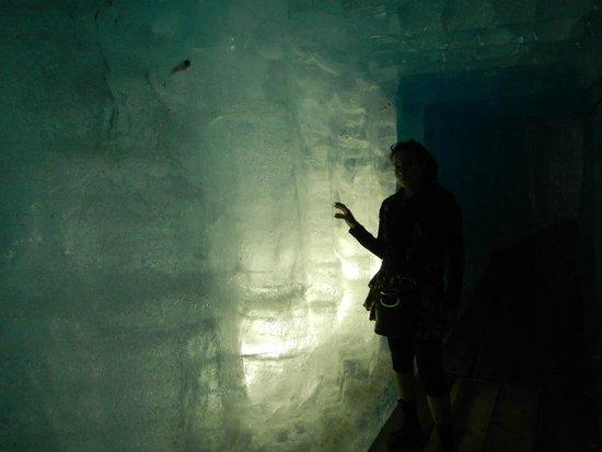 Rhone glacier: Eisgröte
