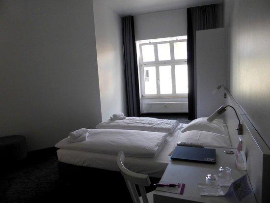 CALMA Berlin Mitte : Chambre