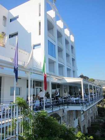 Hotel Parco dei Principi: Vista del fonte mare