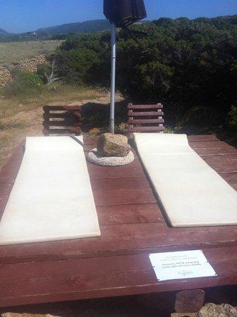 Hotel Relax Torreruja Thalasso & Spa: Le piattaforme sugli scogli