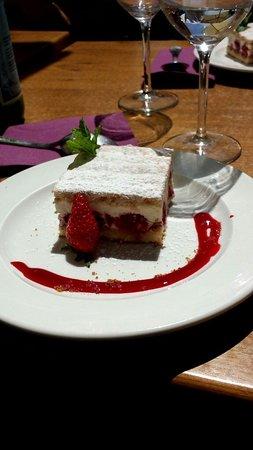 Restaurant la Ferme de la Haute Cremonville: Framboisier
