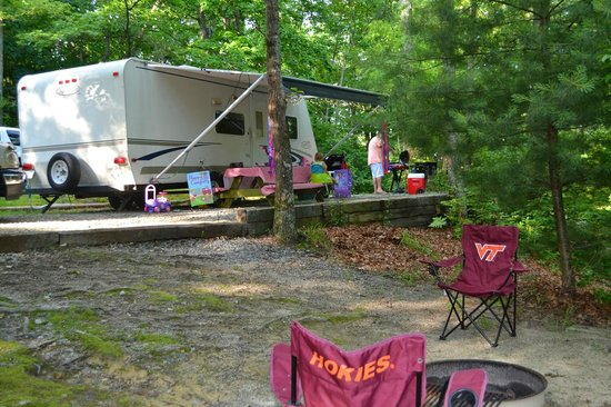 Ash Grove Mountain Cabins & Camping: RV Site #4