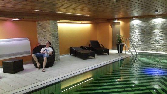 Hotel Wolfringmühle: Pool