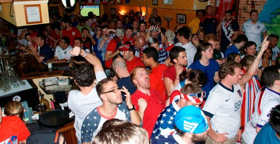 The Harp and Celt Irish Pubs and Restaurant: 2014 Brasil World Cup Futbol