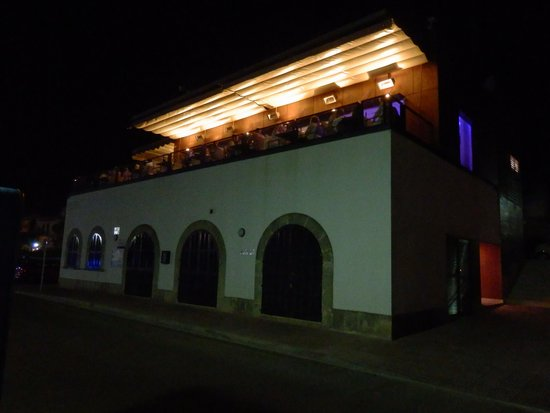 Sa Llotja: View of restaurant at night