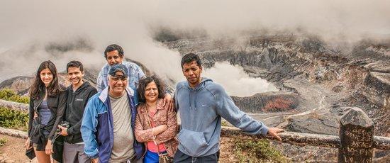 Go Tours Costa Rica - Day Tours: Poas Volcano
