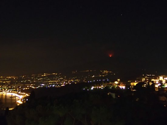 Belmond Grand Hotel Timeo: Mt Etna erupting from hotel