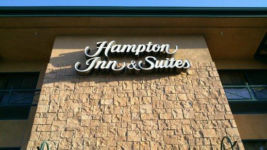 Hampton Inn & Suites Agoura Hills: Logo de l'hôtel