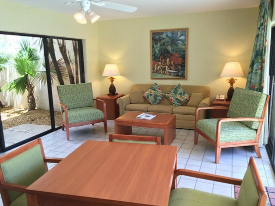 Ventura Resort: Living Room