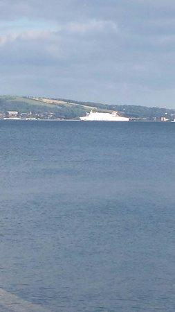 Jordanstown Loughshore Caravan Park: View of harbour from site