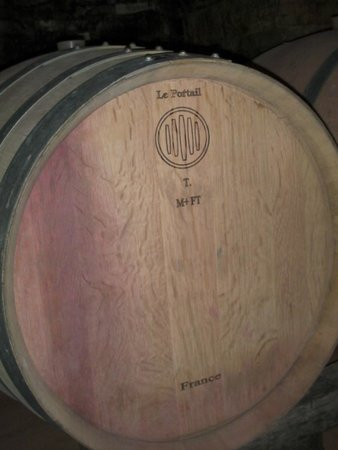 Tuscan Wine Tours with Angie : barrel