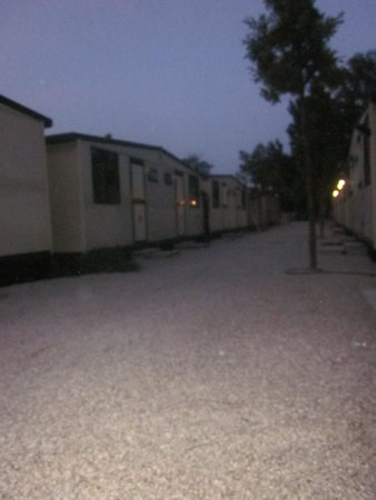 Camping Village Jolly : Zona Bungalows