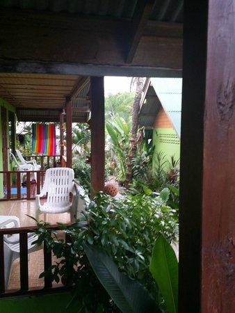 Pada Hotel: vue depuis la terrasse du bungalow
