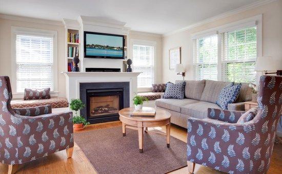 White Elephant: Two Bedroom Cottage Interior