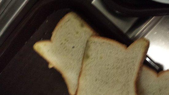 40 Berkeley : 3 day old bread