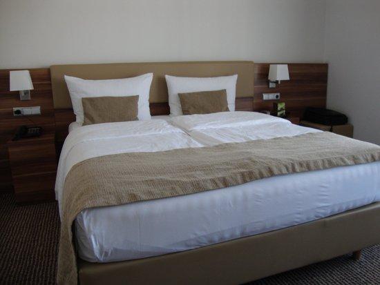 Vi Vadi Hotel: Quite comfortable bed