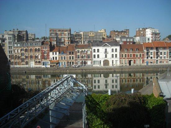 Couvent des Minimes - Alliance Lille : Vue sur le bassin Quai Wault