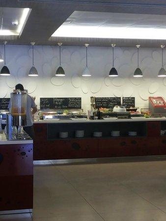 Mercure Rome Colosseum Centre : Comedor del Hotel (Desayuno)