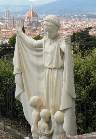 Basilica San Miniato al Monte: Blick vom Friedhof auf Florenz