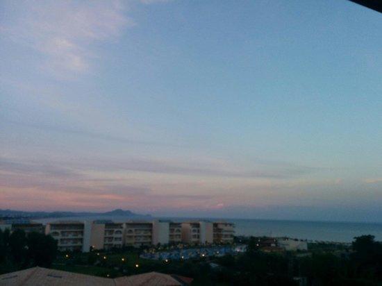 Eden Village Myrina Beach: Vista da superior plus