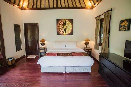 Mali Resort Pattaya Beach Koh Lipe: Spacious balinese bungalow